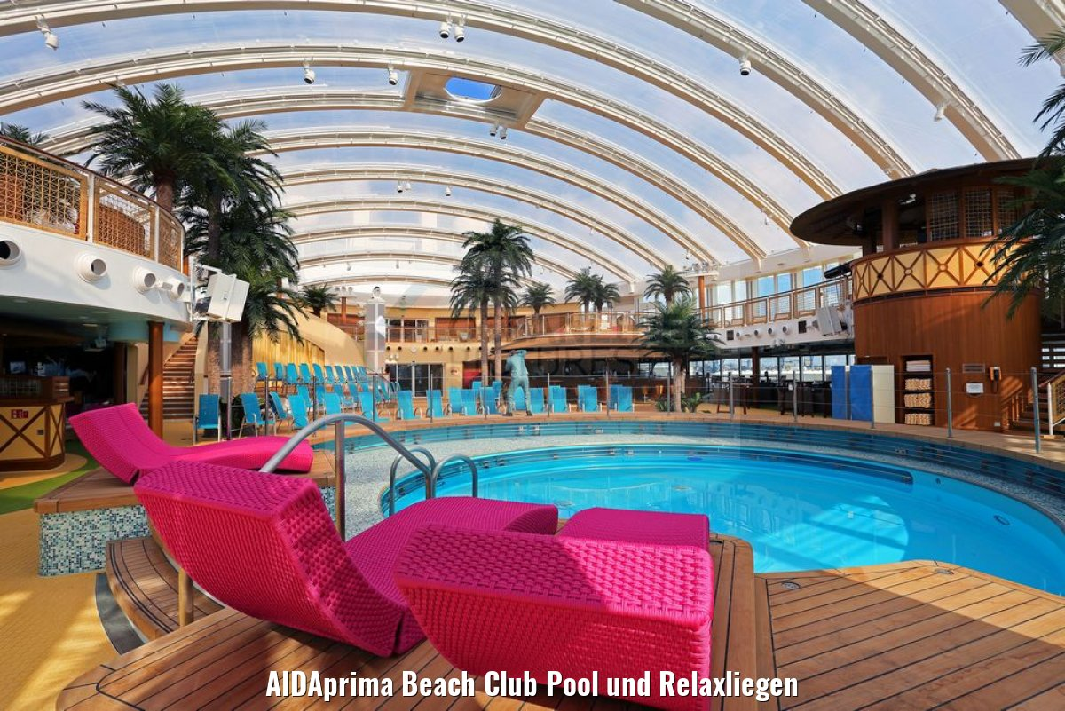 AIDAprima Beach Club Pool und Relaxliegen