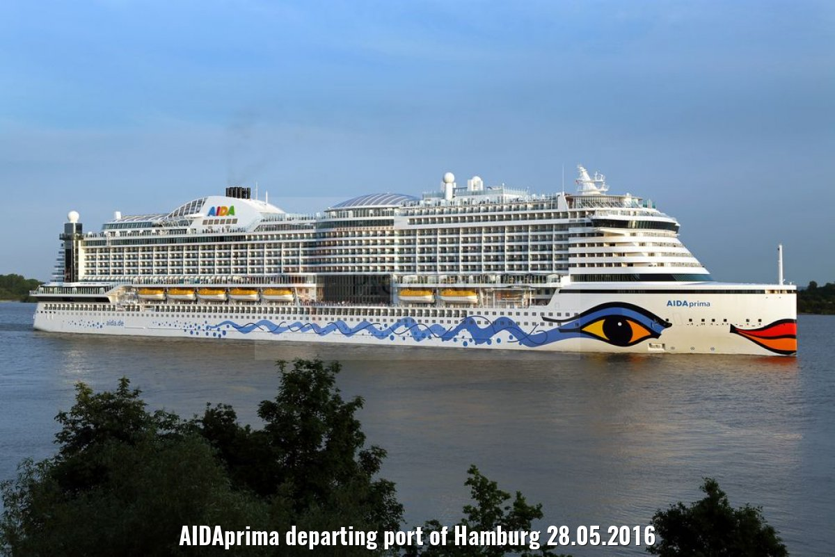 AIDAprima departing port of Hamburg 28.05.2016