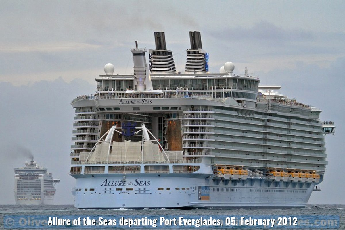 Allure of the Seas departing Port Everglades, 05. February 2012