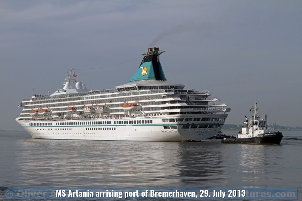 MS Artania arriving port of Bremerhaven, 29. July 2013