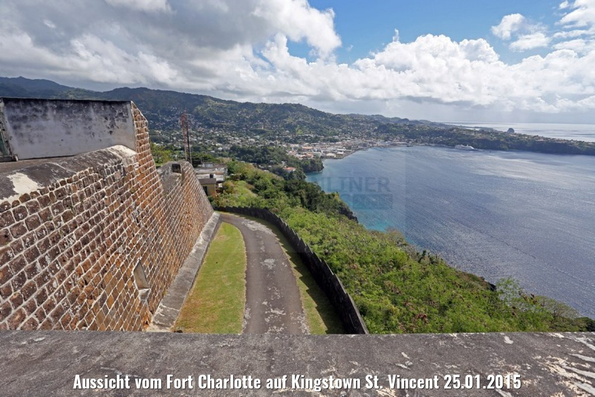 Aussicht vom Fort Charlotte auf Kingstown St. Vincent 25.01.2015