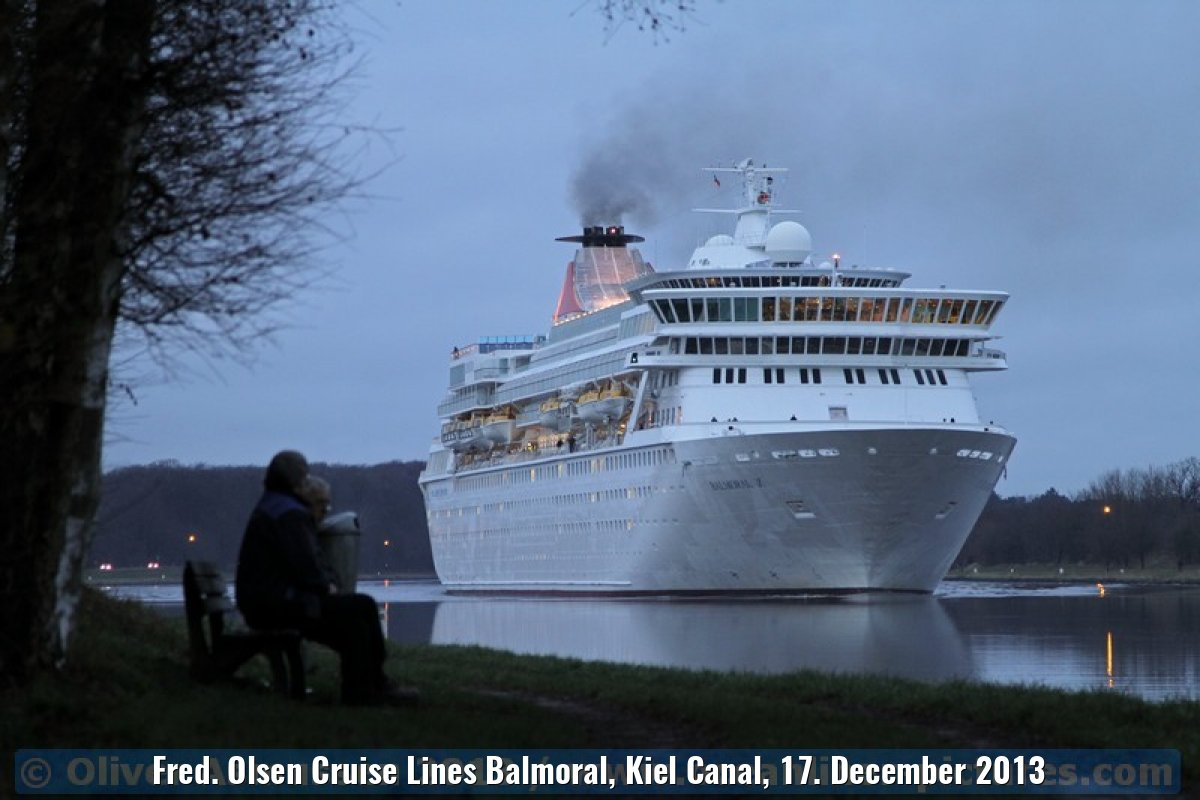 Fred. Olsen Cruise Lines Balmoral, Kiel Canal, 17. December 2013