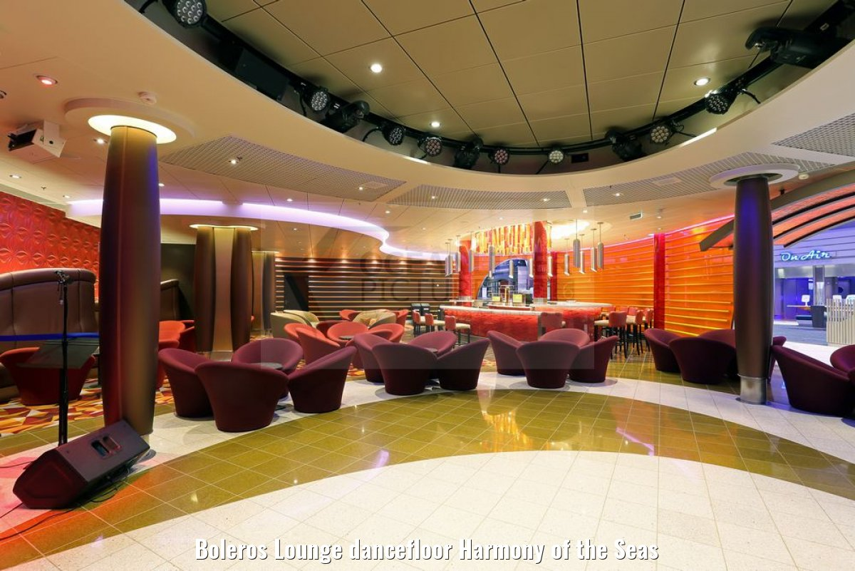 Boleros Lounge dancefloor Harmony of the Seas