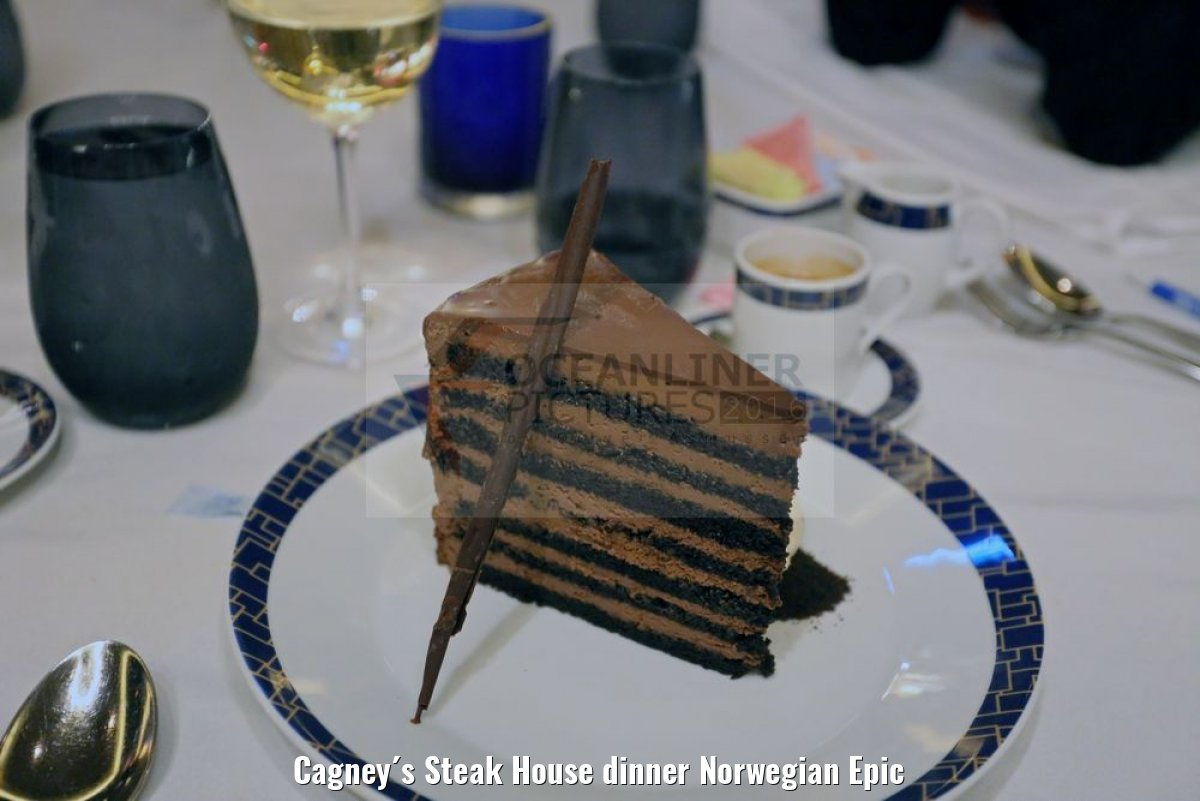 Cagney´s Steak House dinner Norwegian Epic