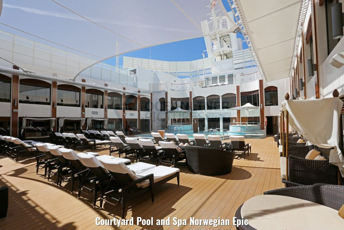 Courtyard Pool and Spa Norwegian Epic