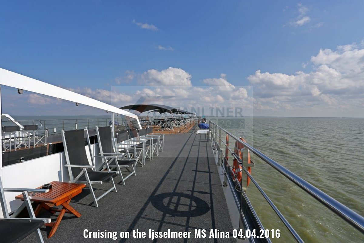 Cruising on the Ijsselmeer MS Alina 04.04.2016