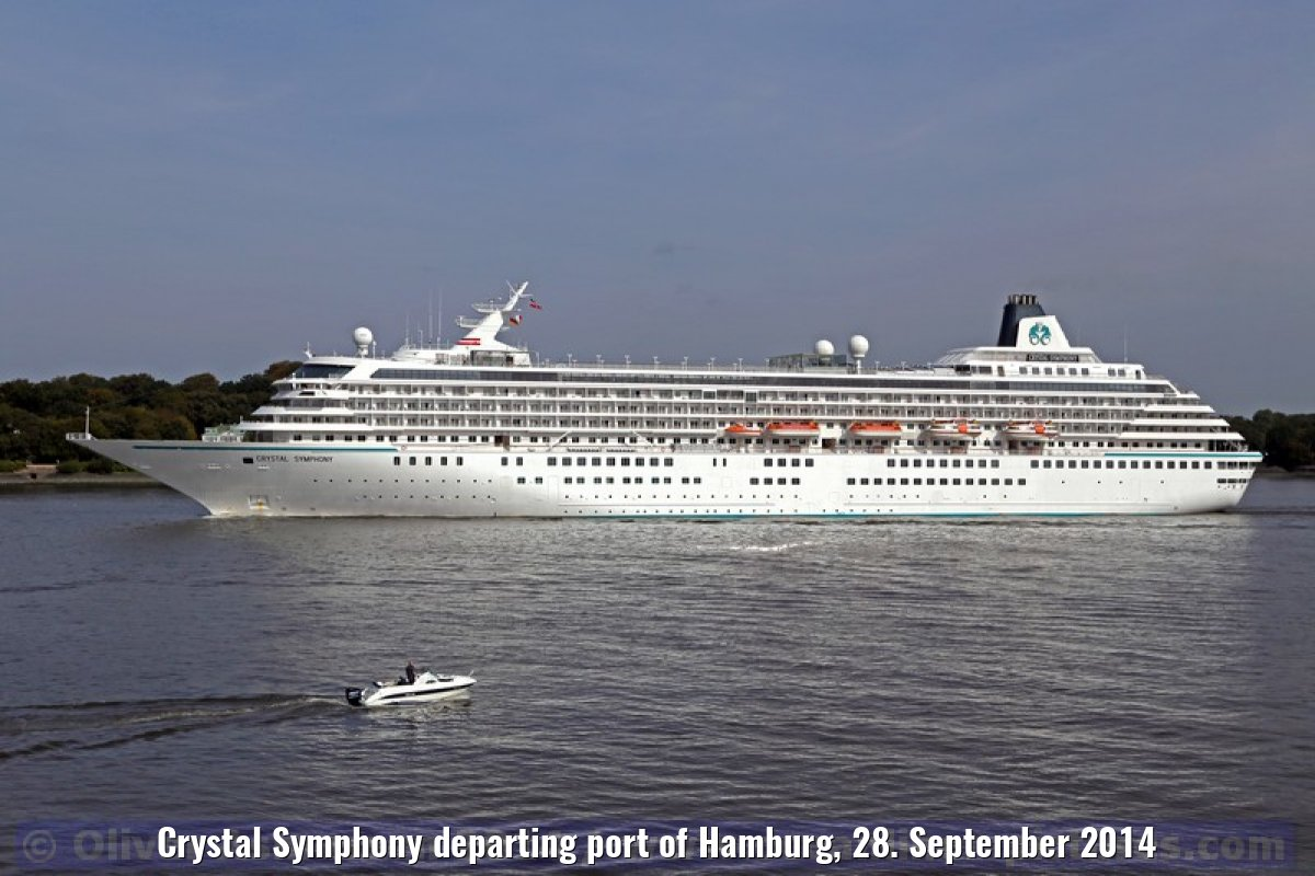 Crystal Symphony departing port of Hamburg, 28. September 2014