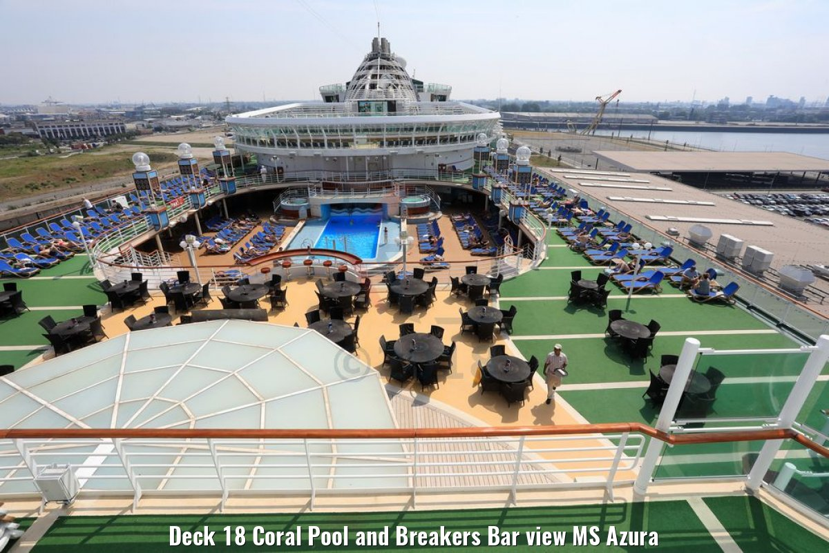 Deck 18 Coral Pool and Breakers Bar view MS Azura