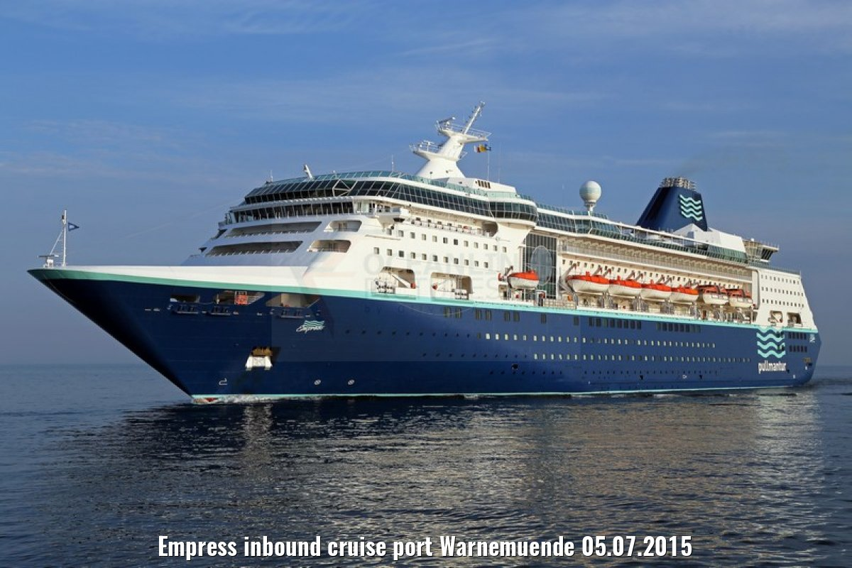 Empress inbound cruise port Warnemuende 05.07.2015