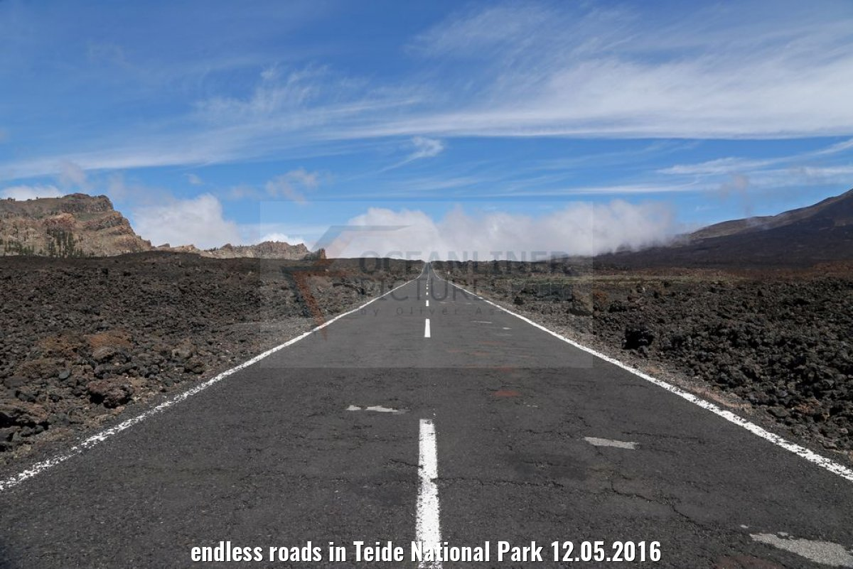 endless roads in Teide National Park 12.05.2016