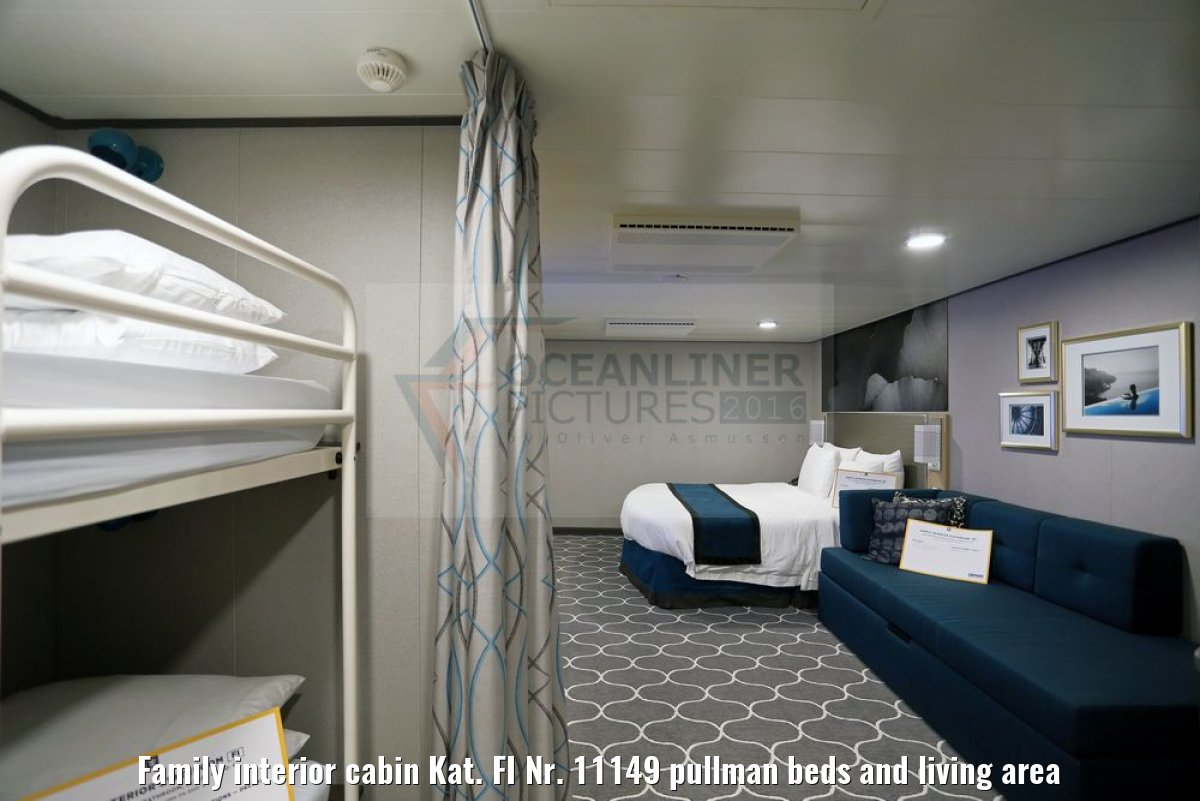 Family interior cabin Kat. FI Nr. 11149 pullman beds and living area