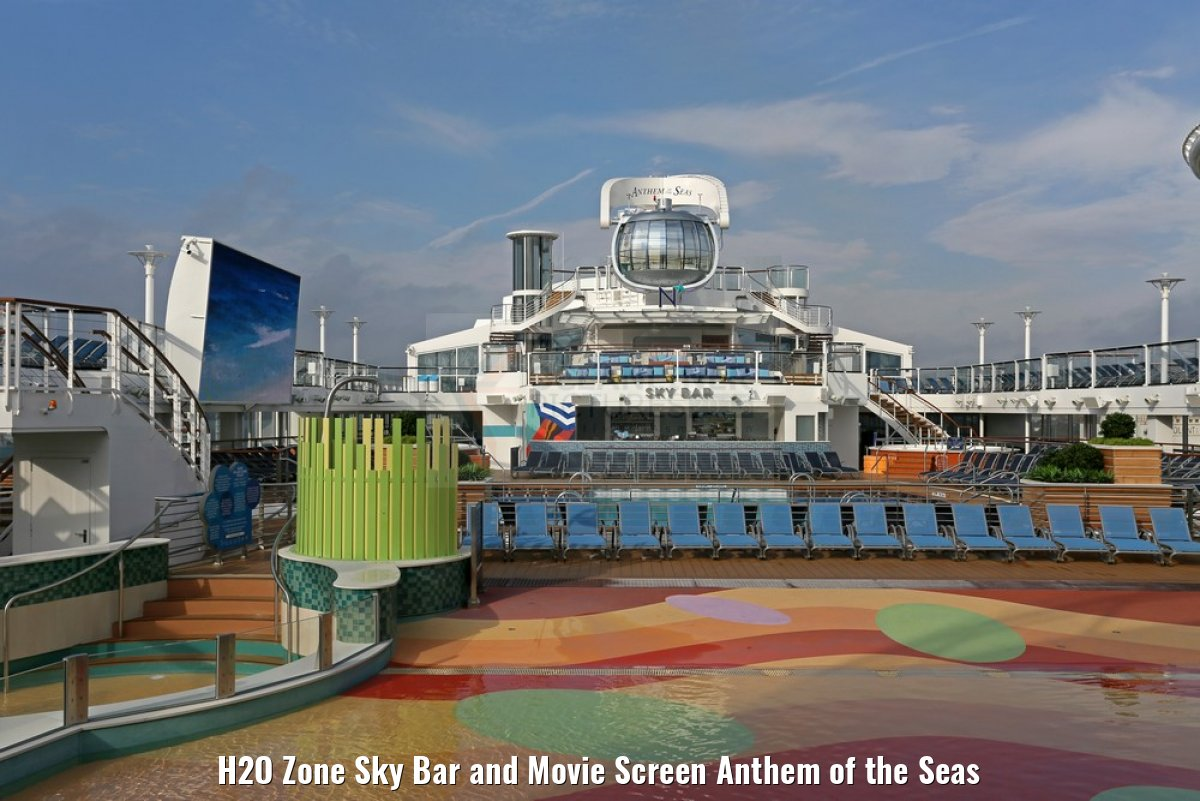 H2O Zone Sky Bar and Movie Screen Anthem of the Seas