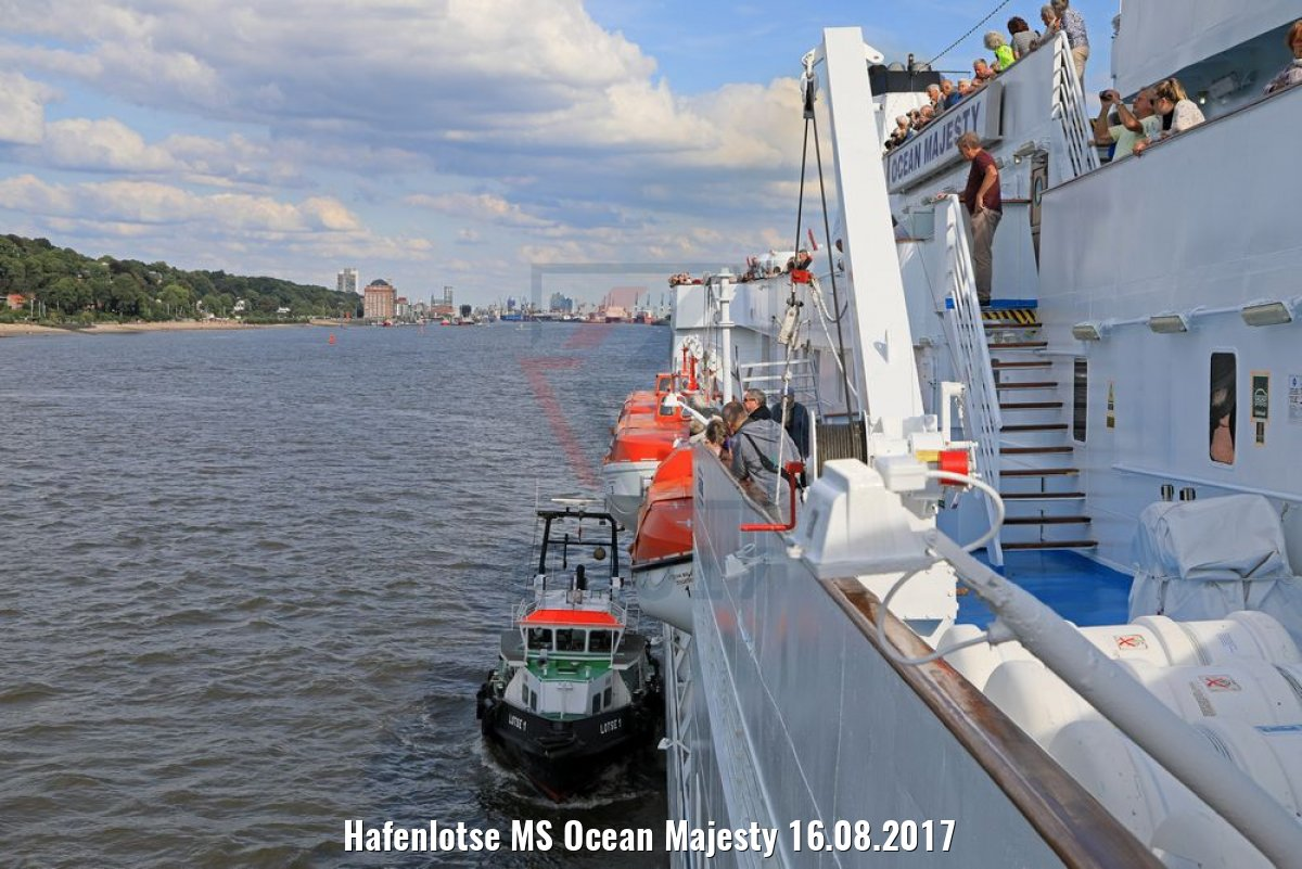 Hafenlotse MS Ocean Majesty 16.08.2017