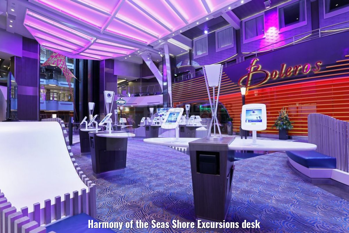 Harmony of the Seas Shore Excursions desk