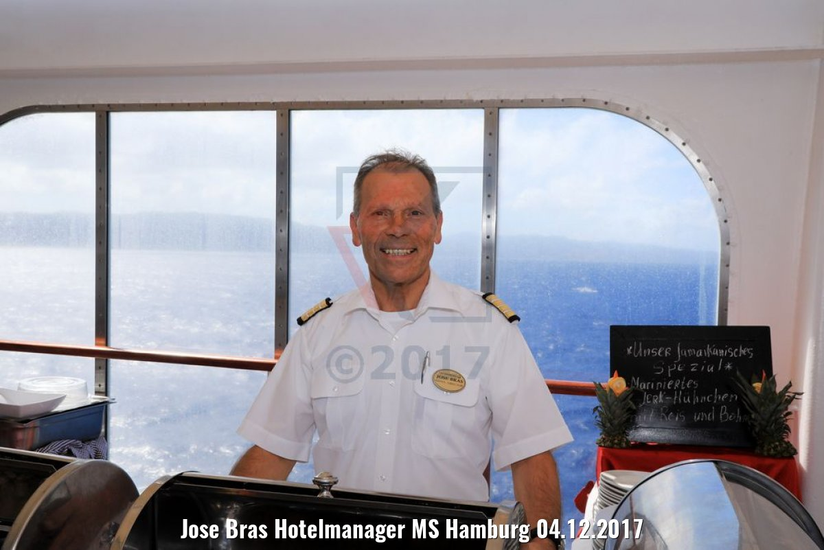 Jose Bras Hotelmanager MS Hamburg 04.12.2017