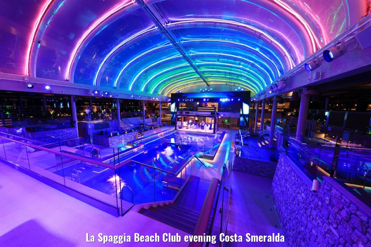 La Spaggia Beach Club evening Costa Smeralda