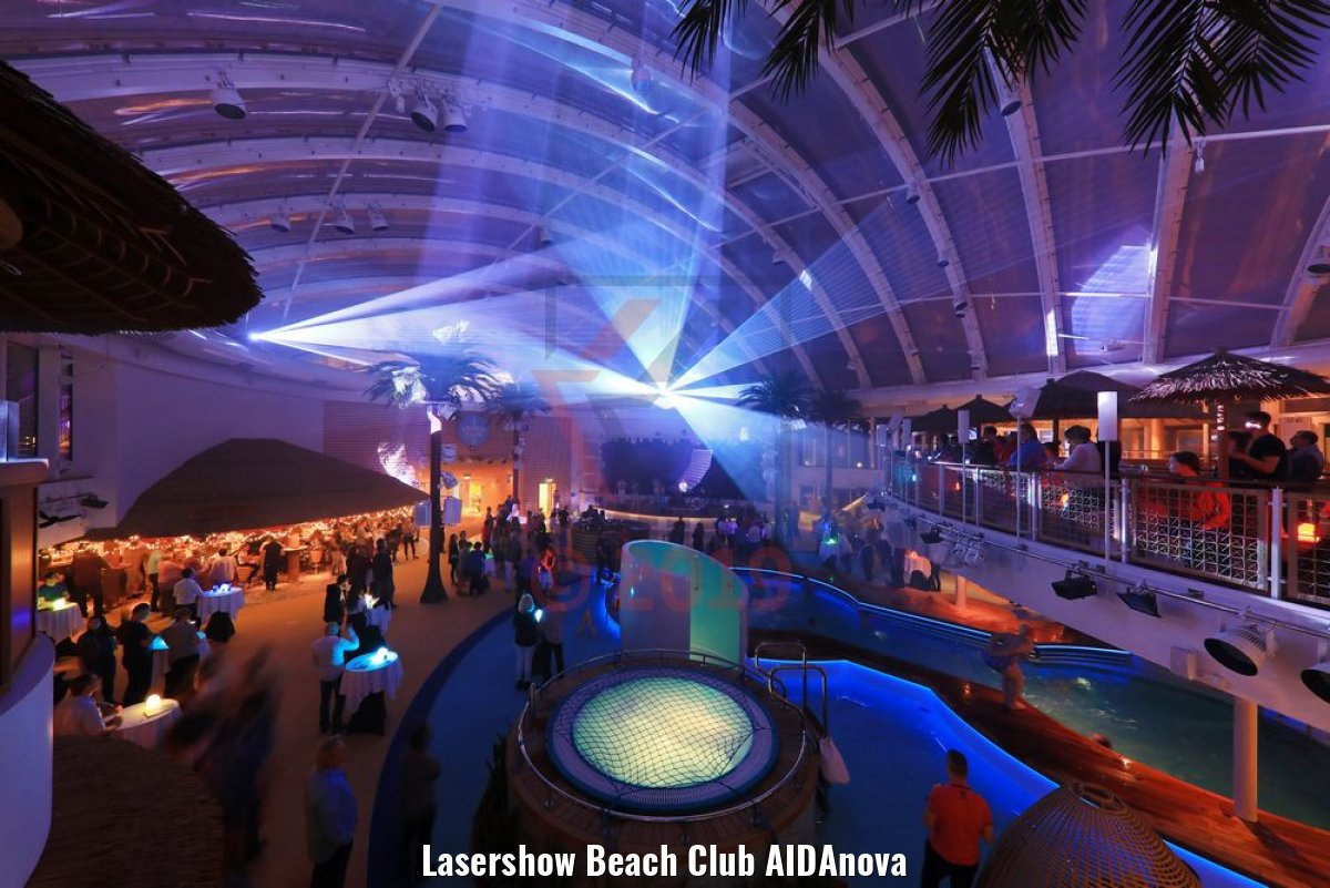 Lasershow Beach Club AIDAnova
