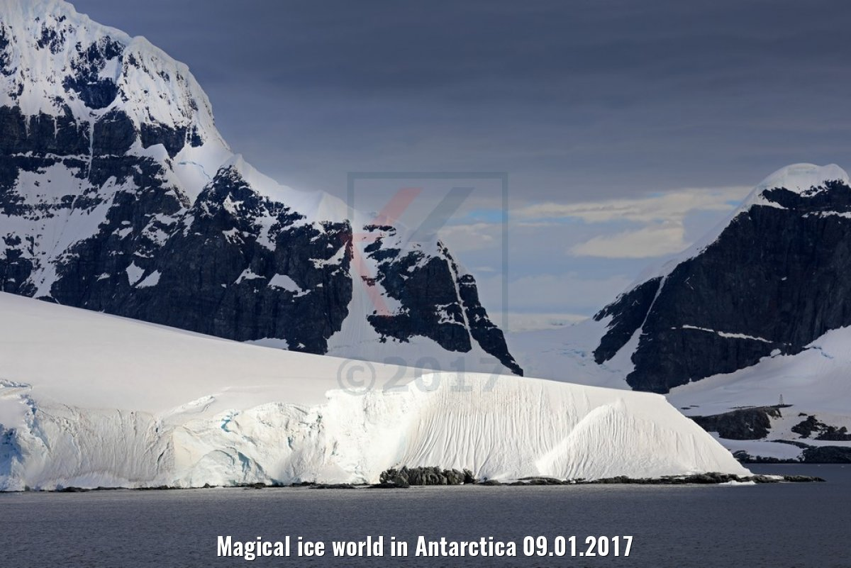 Magical ice world in Antarctica 09.01.2017