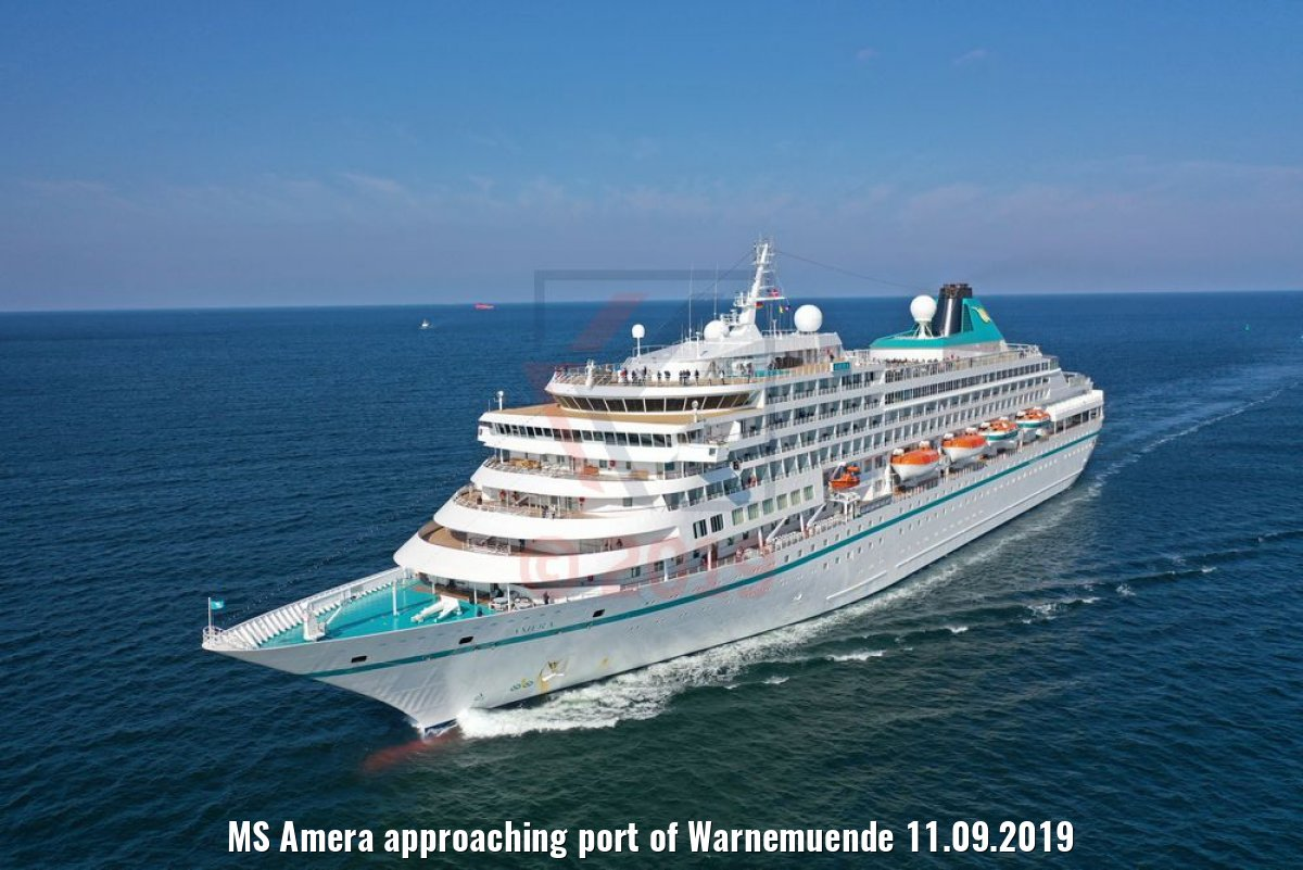 MS Amera approaching port of Warnemuende 11.09.2019