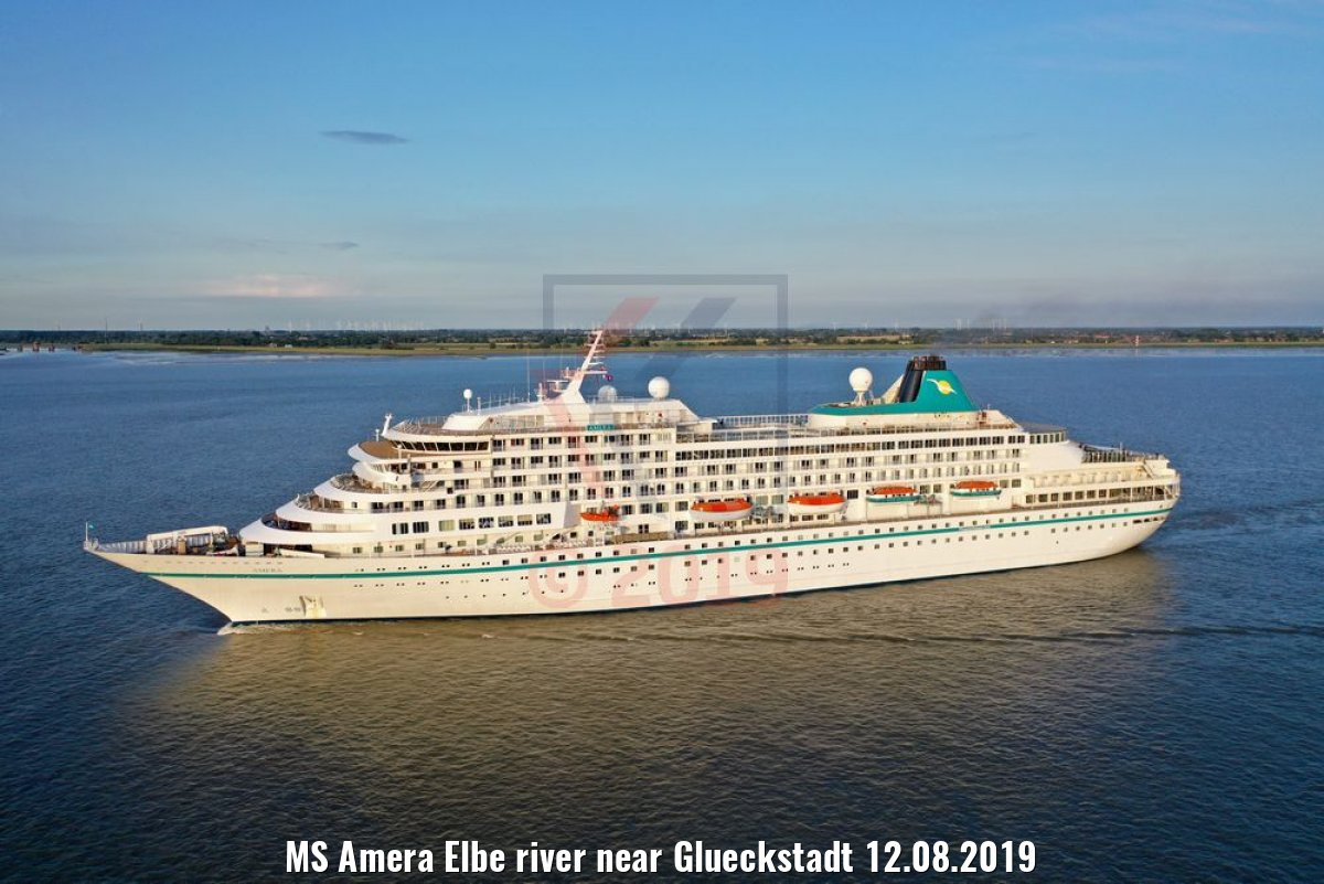 MS Amera Elbe river near Glueckstadt 12.08.2019