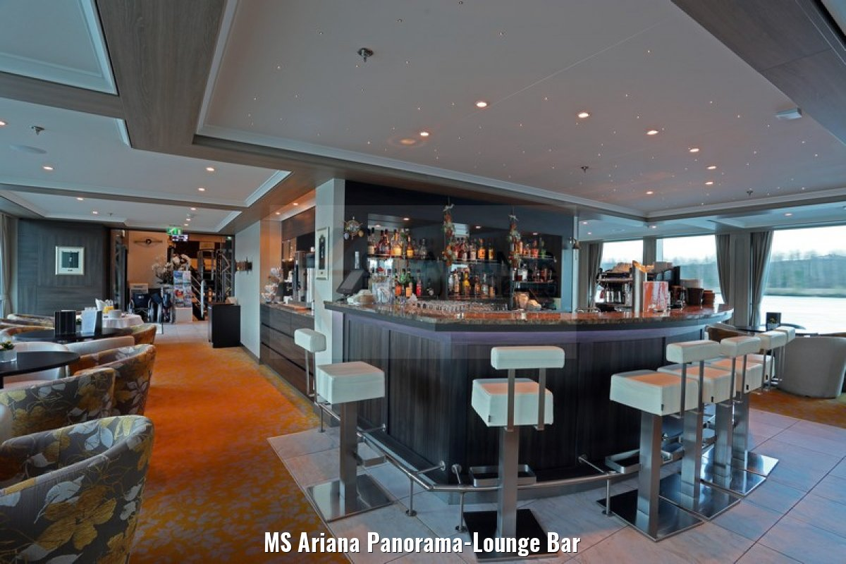 MS Ariana Panorama-Lounge Bar