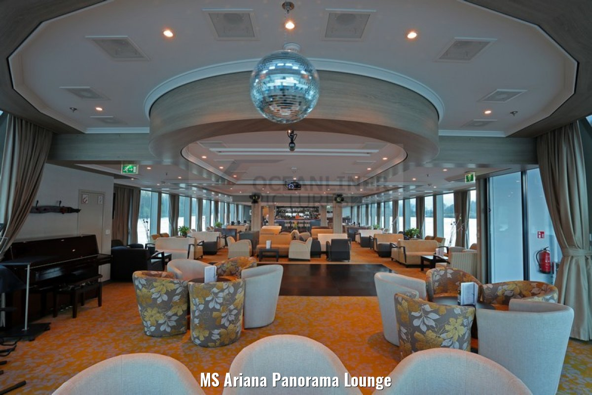 MS Ariana Panorama Lounge