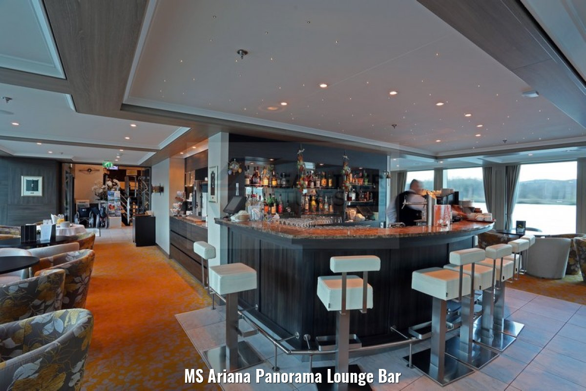 MS Ariana Panorama Lounge Bar