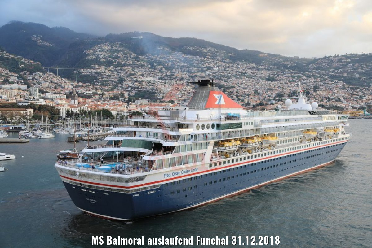 MS Balmoral auslaufend Funchal 31.12.2018