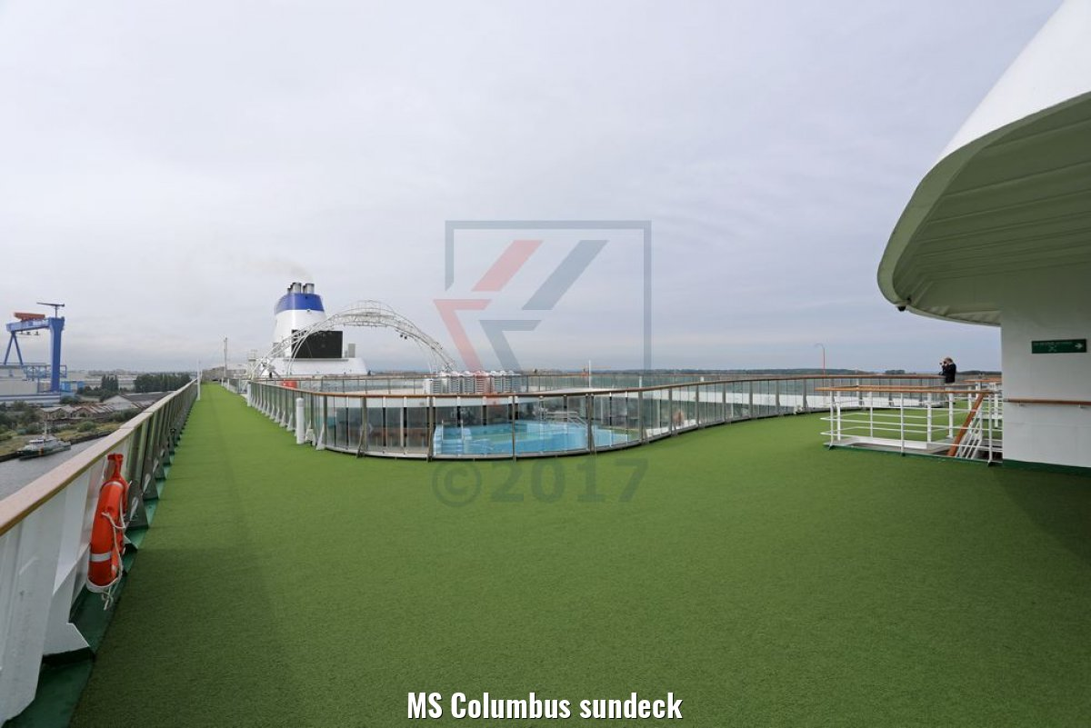 MS Columbus sundeck