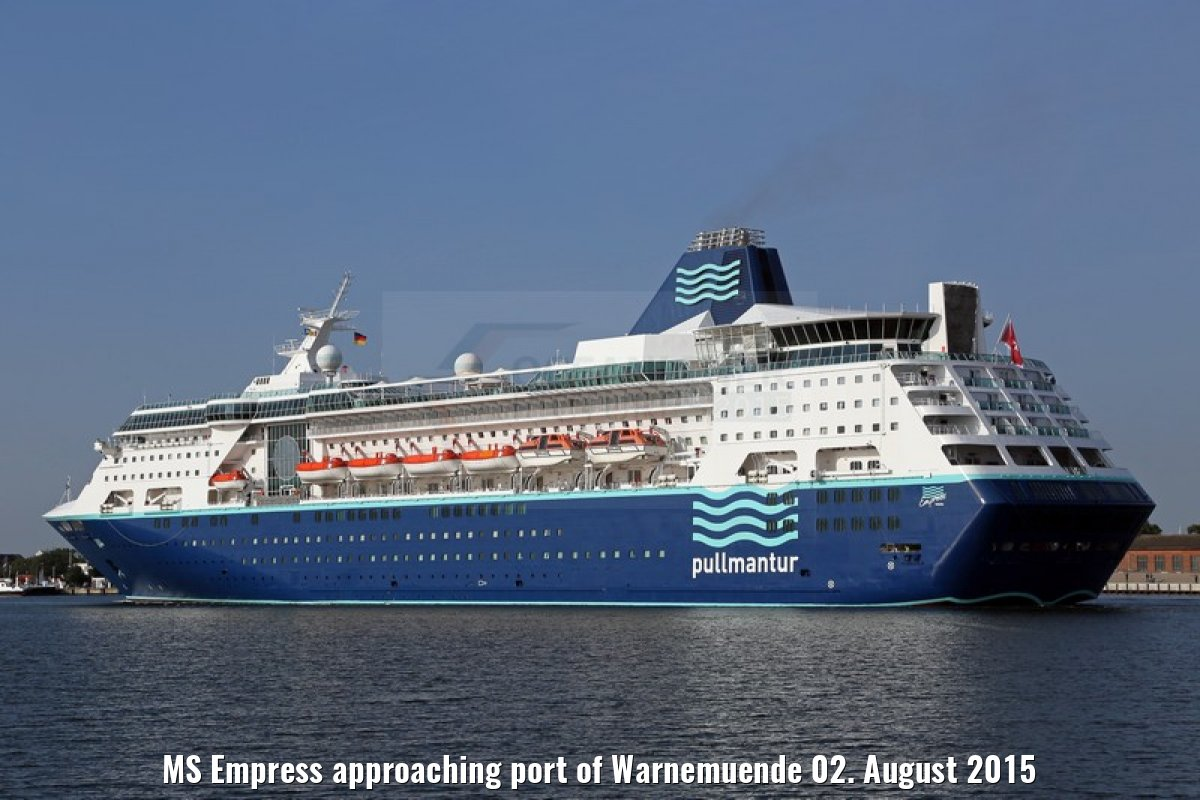 MS Empress approaching port of Warnemuende 02. August 2015
