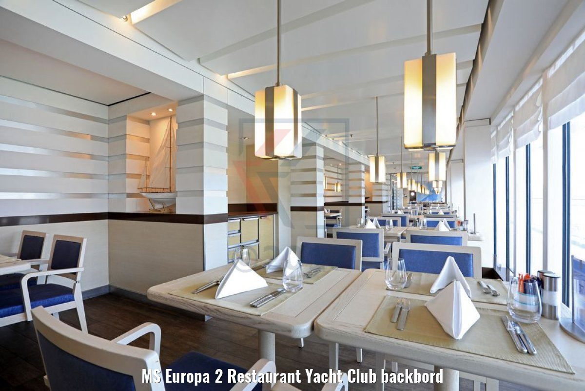 MS Europa 2 Restaurant Yacht Club backbord