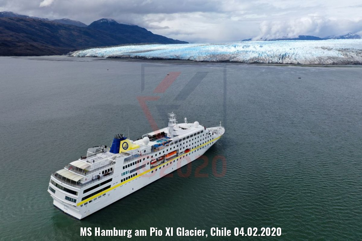 MS Hamburg am Pio XI Glacier, Chile 04.02.2020