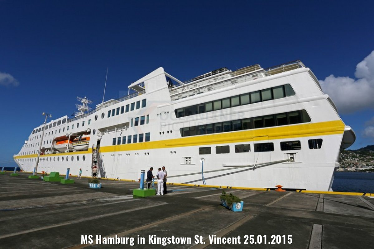 MS Hamburg in Kingstown St. Vincent 25.01.2015