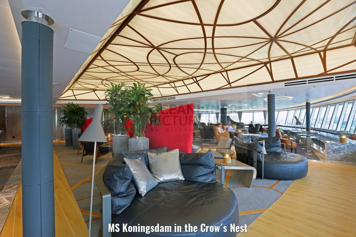 MS Koningsdam in the Crow´s Nest