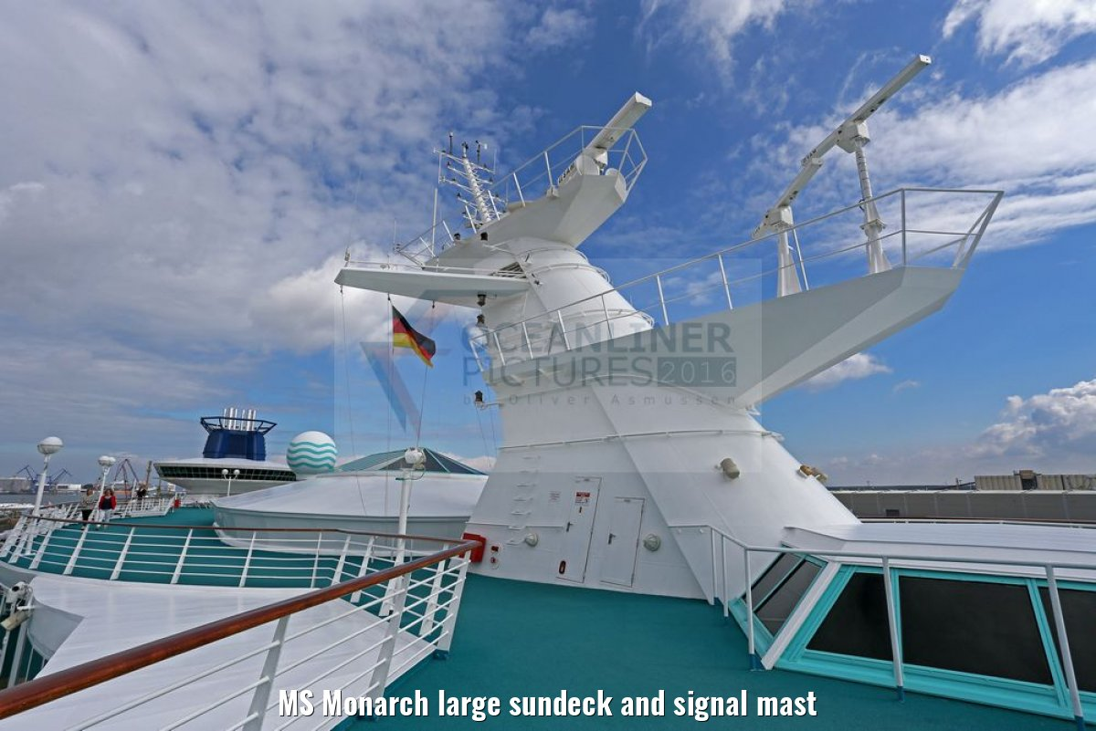 MS Monarch large sundeck and signal mast