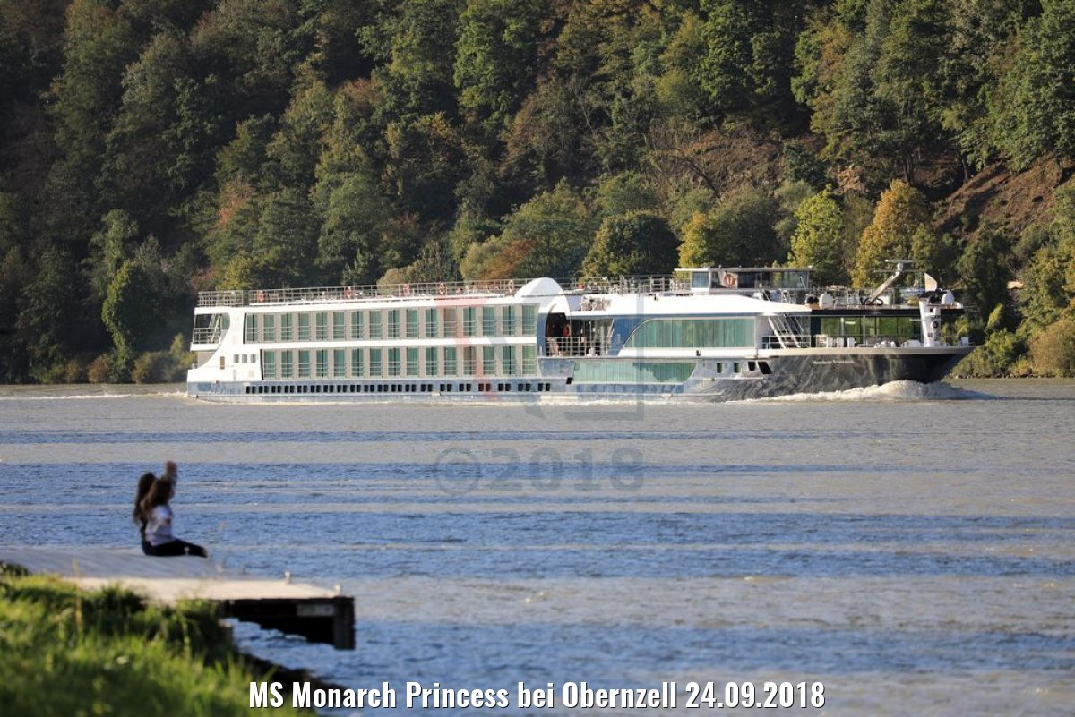 MS Monarch Princess bei Obernzell 24.09.2018