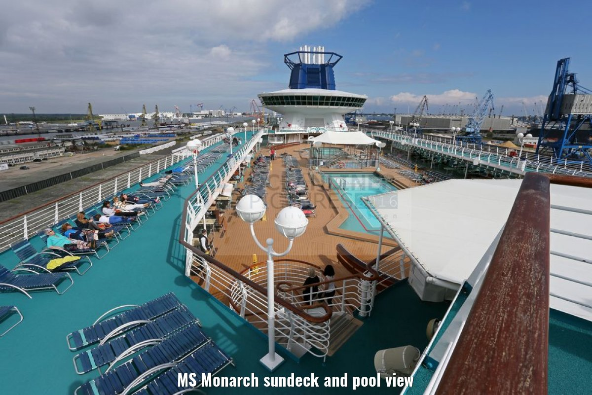 MS Monarch sundeck and pool view