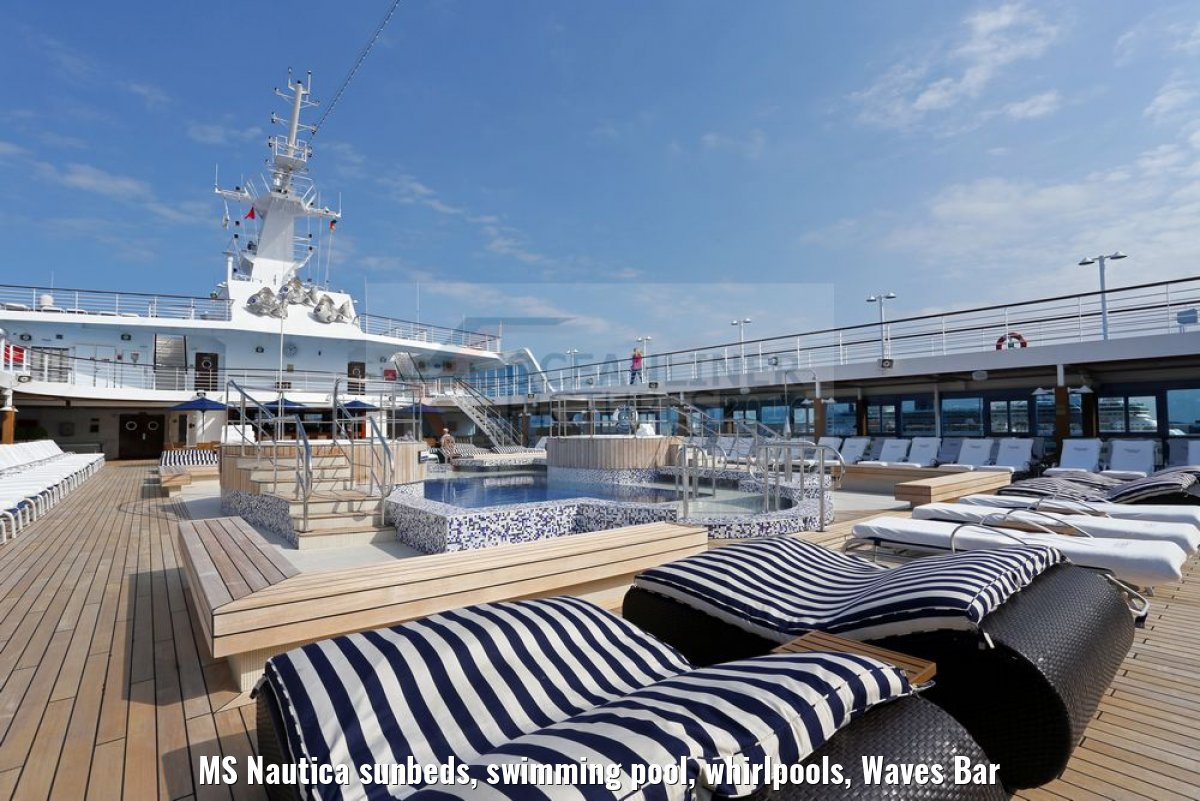 MS Nautica sunbeds, swimming pool, whirlpools, Waves Bar
