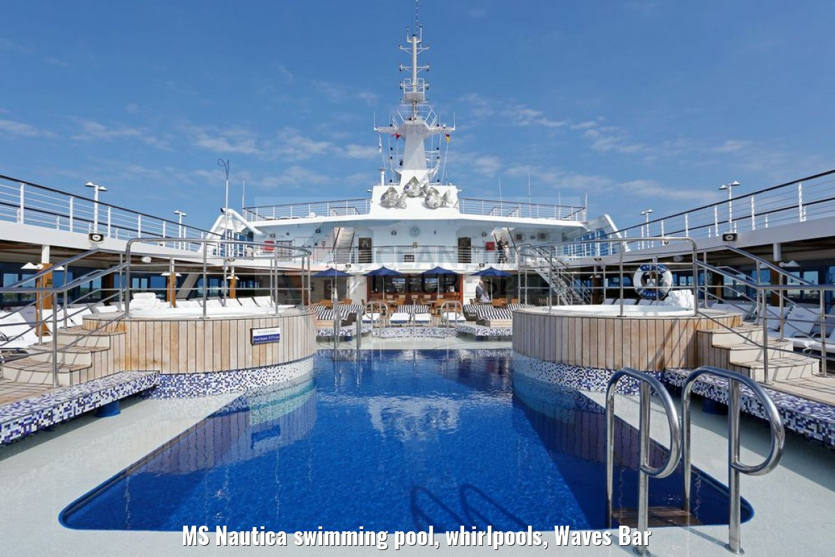 MS Nautica swimming pool, whirlpools, Waves Bar