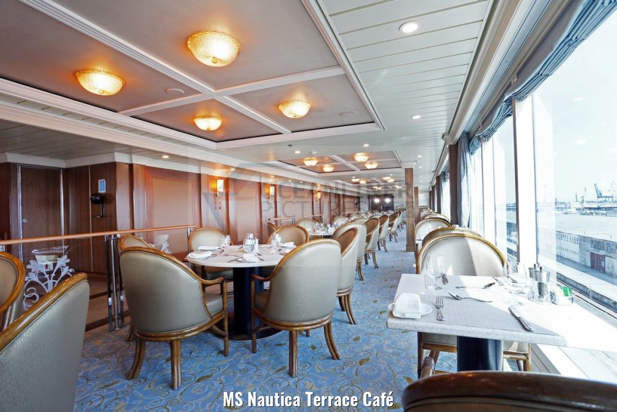 MS Nautica Terrace Café