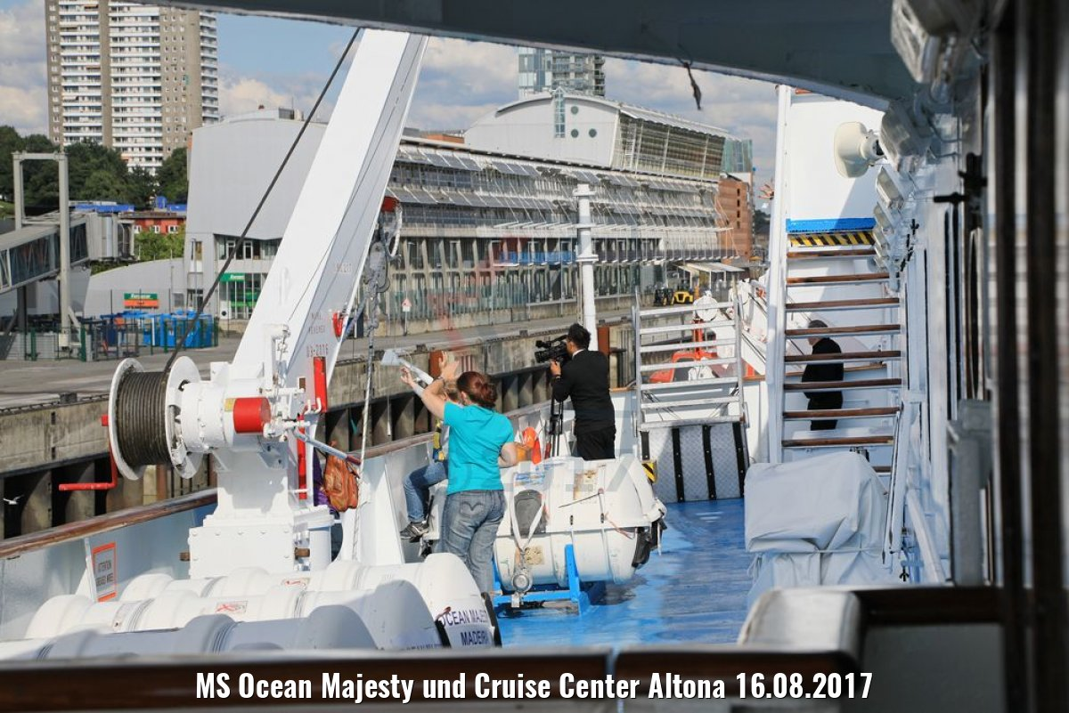 MS Ocean Majesty und Cruise Center Altona 16.08.2017