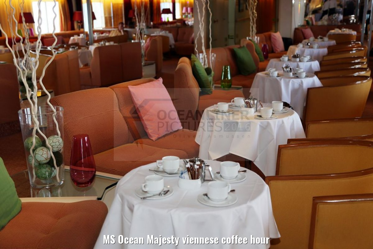 MS Ocean Majesty viennese coffee hour