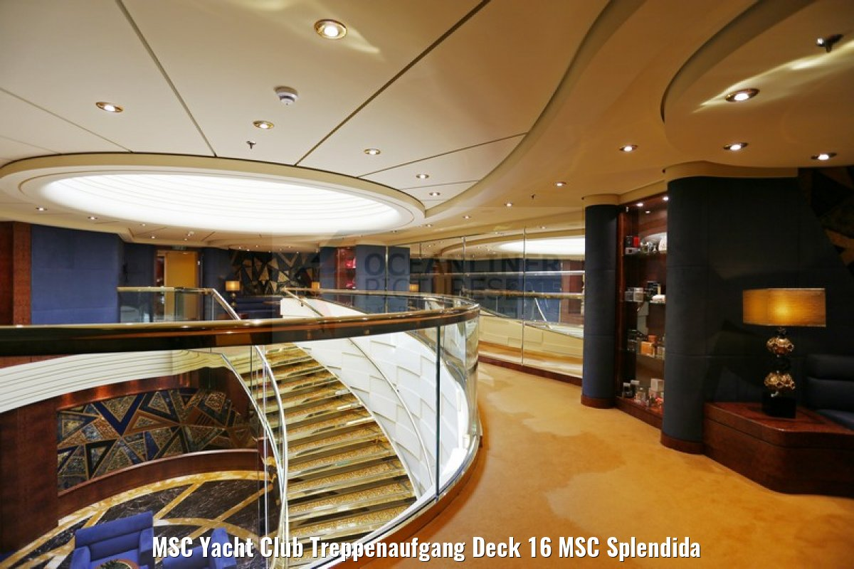 MSC Yacht Club Treppenaufgang Deck 16 MSC Splendida
