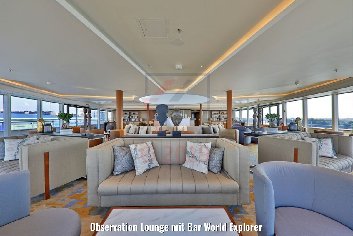 Observation Lounge mit Bar World Explorer