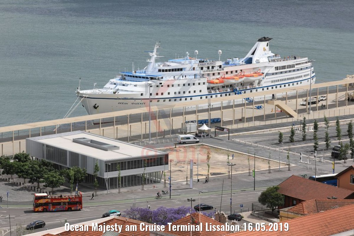 Ocean Majesty am Cruise Terminal Lissabon 16.05.2019