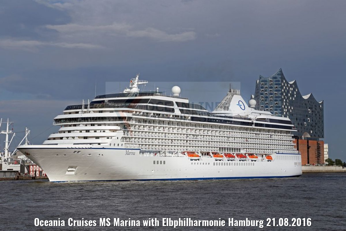 Oceania Cruises MS Marina with Elbphilharmonie Hamburg 21.08.2016