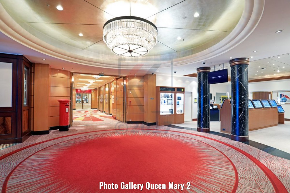 Photo Gallery Queen Mary 2