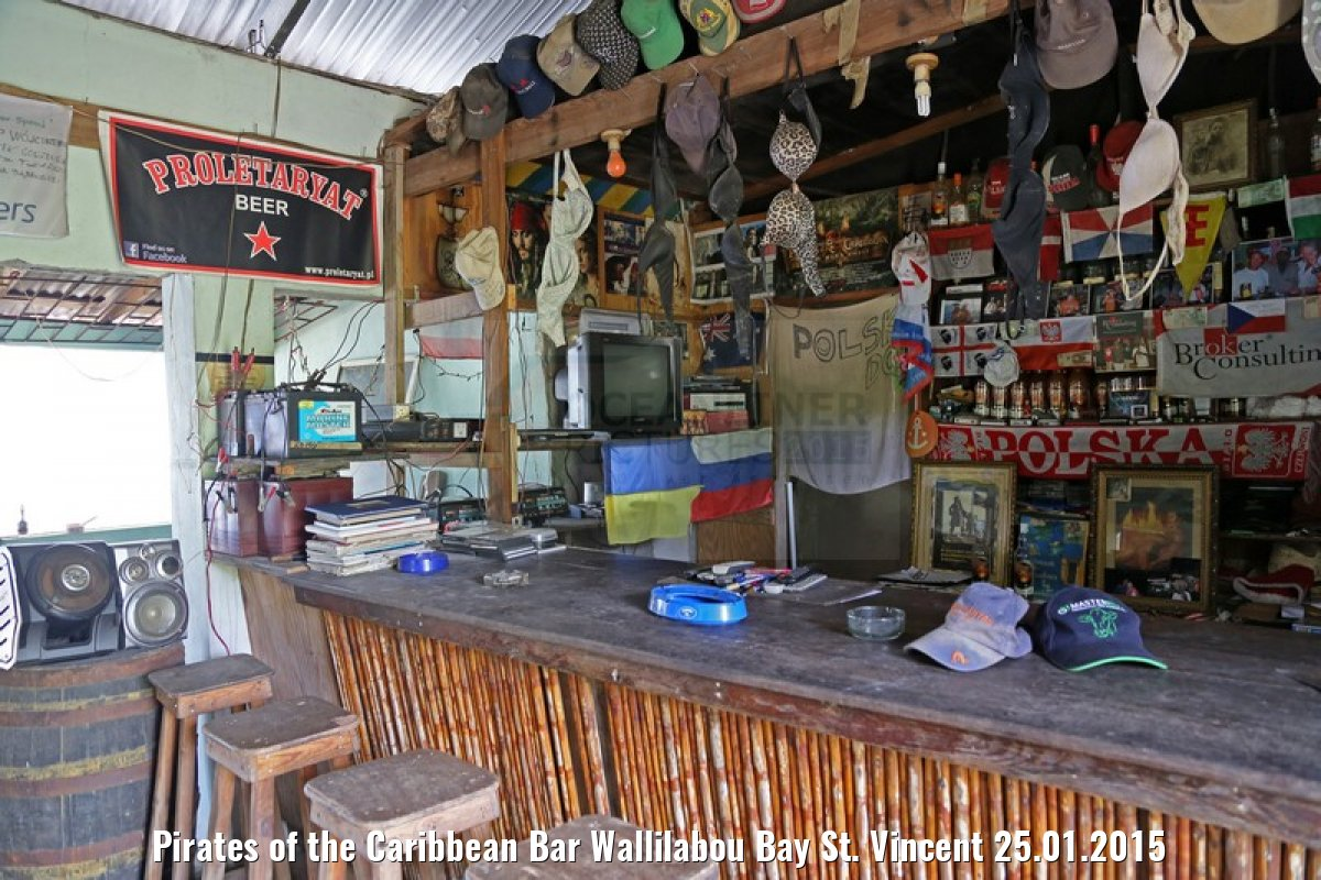 Pirates of the Caribbean Bar Wallilabou Bay St. Vincent 25.01.2015