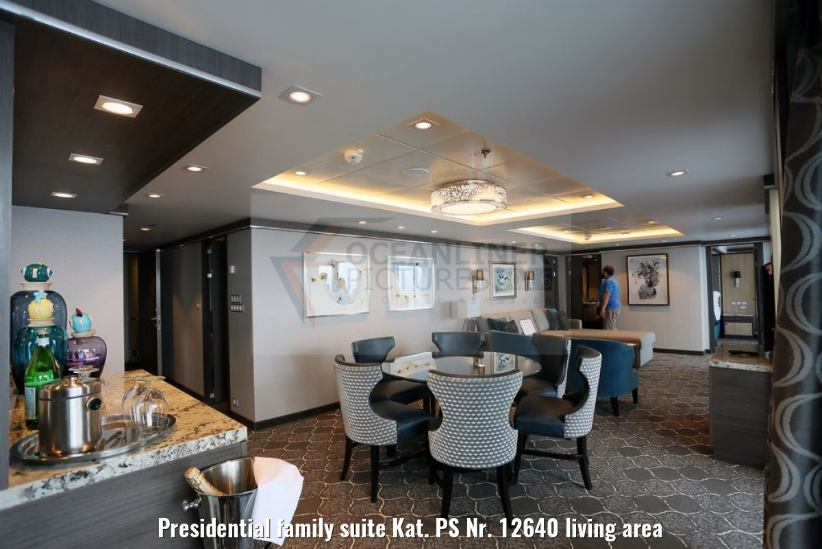 Presidential family suite Kat. PS Nr. 12640 living area