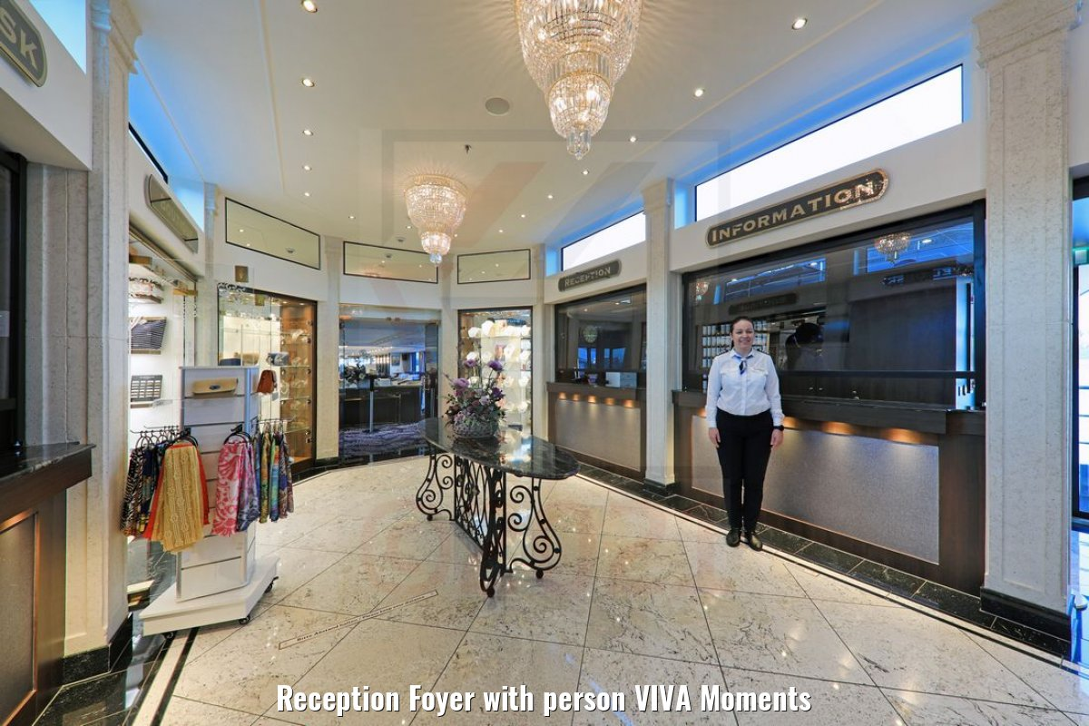 Reception Foyer with person VIVA Moments